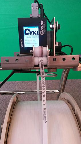 CM100 Op Een Omsnoeringsmachine